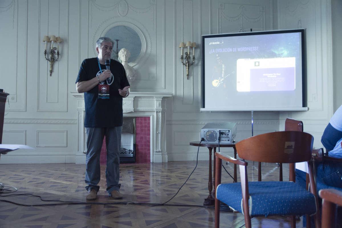 Fernando Tellado en la WordCamp Cantabria 2015